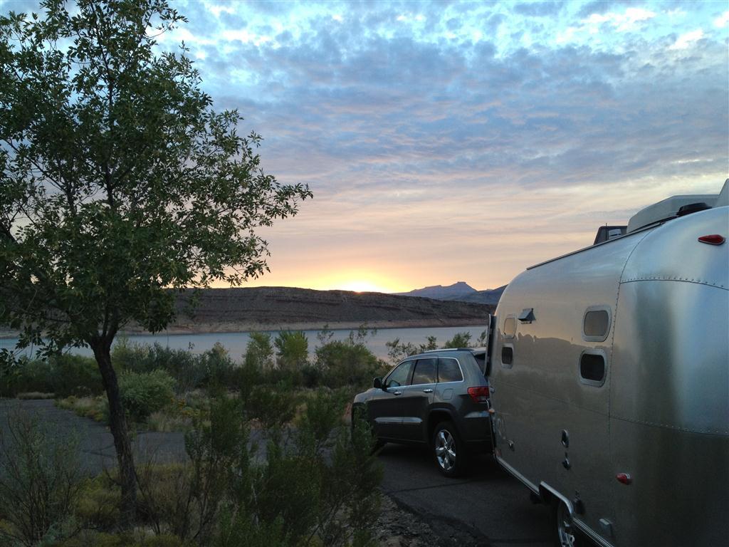 Click image for larger version  Name:Sunrise @ Quail Creek, UT.JPG Views:936 Size:132.7 KB ID:173129