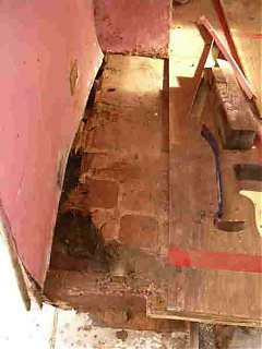 Click image for larger version  Name:Rotten Floor.JPG Views:182 Size:13.2 KB ID:17333