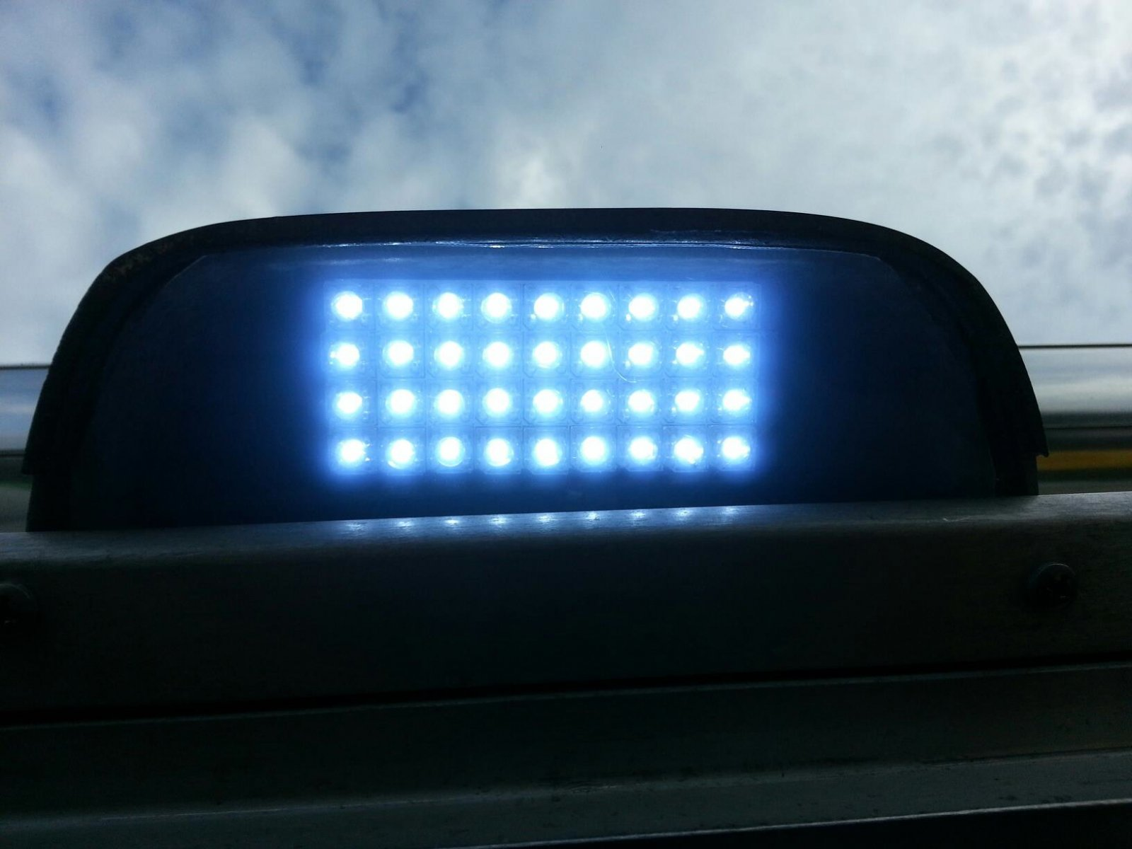 Click image for larger version  Name:led pad for door on.jpg Views:83 Size:139.3 KB ID:173368