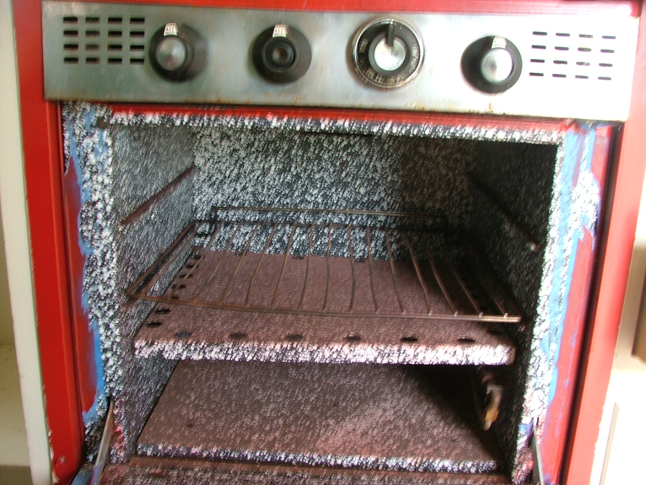Click image for larger version  Name:trailer stove in 2.JPG Views:73 Size:487.9 KB ID:174582