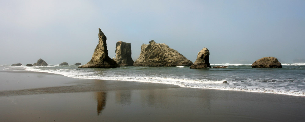 Click image for larger version  Name:Bandon pinnacles.jpg Views:145 Size:94.3 KB ID:175290