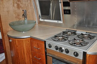 Click image for larger version  Name:Kitchen Counter done.jpg Views:152 Size:264.4 KB ID:176566