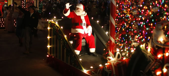 Click image for larger version  Name:events-ss-christmas-parade.ashx.jpeg Views:132 Size:50.6 KB ID:177177