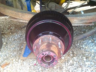 Click image for larger version  Name:74-argosy-right-brake-drum-installed.jpg Views:180 Size:389.2 KB ID:177511