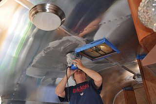 Click image for larger version  Name:Shiny Ceiling.jpg Views:162 Size:184.4 KB ID:177602