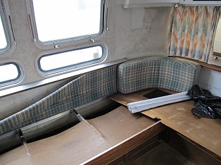 Click image for larger version  Name:Airstream First day 002.jpg Views:102 Size:245.0 KB ID:178186
