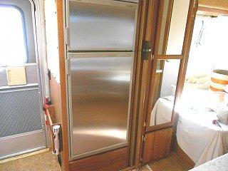 Click image for larger version  Name:Refrigerator long shot.jpg Views:141 Size:305.6 KB ID:178688