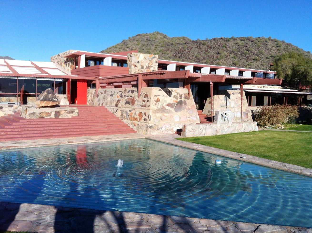 Click image for larger version  Name:AF2013-Taliesin1.jpg Views:83 Size:218.5 KB ID:179018