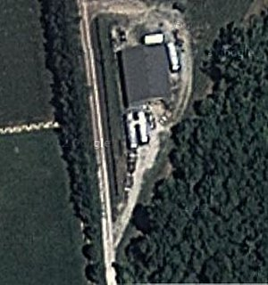 Click image for larger version  Name:Satellite-pic-of-shop-with-airstreams.jpg Views:166 Size:206.2 KB ID:179242