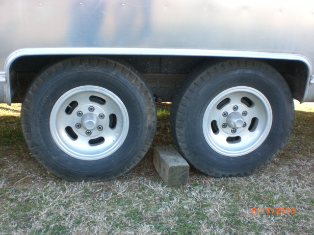 Click image for larger version  Name:Height after new Axles.JPG Views:86 Size:237.2 KB ID:179268
