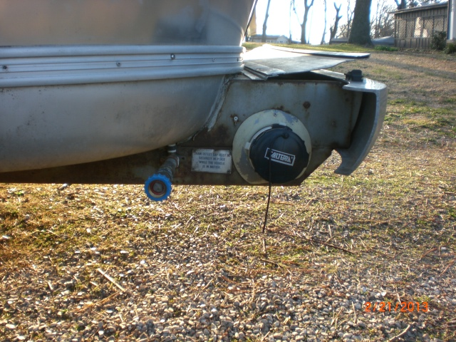 Click image for larger version  Name:Airstream Water Inlet 002.JPG Views:735 Size:240.2 KB ID:179577