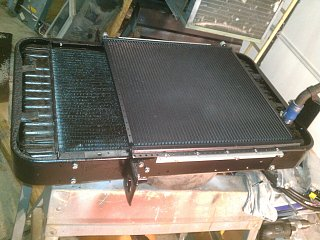 Click image for larger version  Name:74-argosy-new-condenser-mounting-1.jpg Views:133 Size:383.2 KB ID:179957