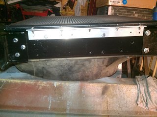 Click image for larger version  Name:74-argosy-new-condenser-mounting-2.jpg Views:128 Size:331.4 KB ID:179958