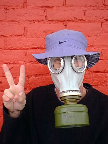 Click image for larger version  Name:gas mask for peace.jpg Views:98 Size:46.6 KB ID:18027