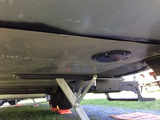 Click image for larger version  Name:Deck Plates in Bellypan5.jpg Views:173 Size:46.9 KB ID:180678