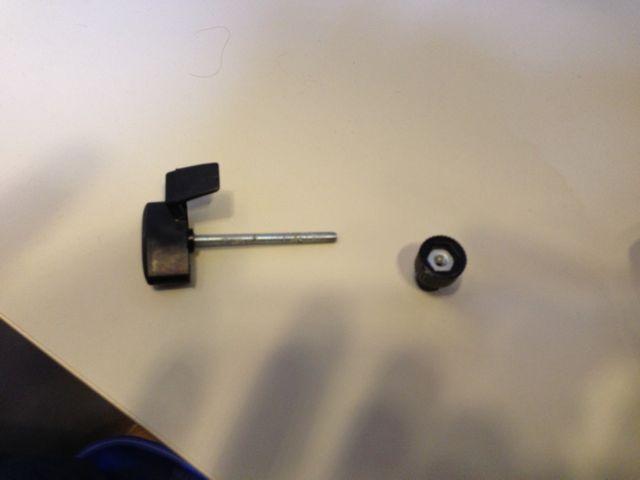 Click image for larger version  Name:Shower Door Holder2.jpg Views:75 Size:19.2 KB ID:180742