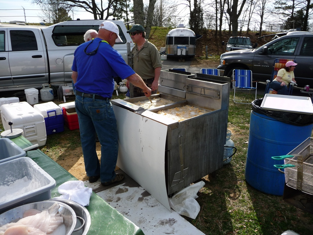 Click image for larger version  Name:FISH COOKERS.JPG Views:58 Size:491.9 KB ID:181239
