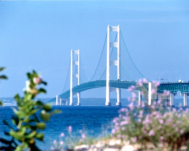 Click image for larger version  Name:mackinac bridge.jpg Views:102 Size:243.4 KB ID:18174