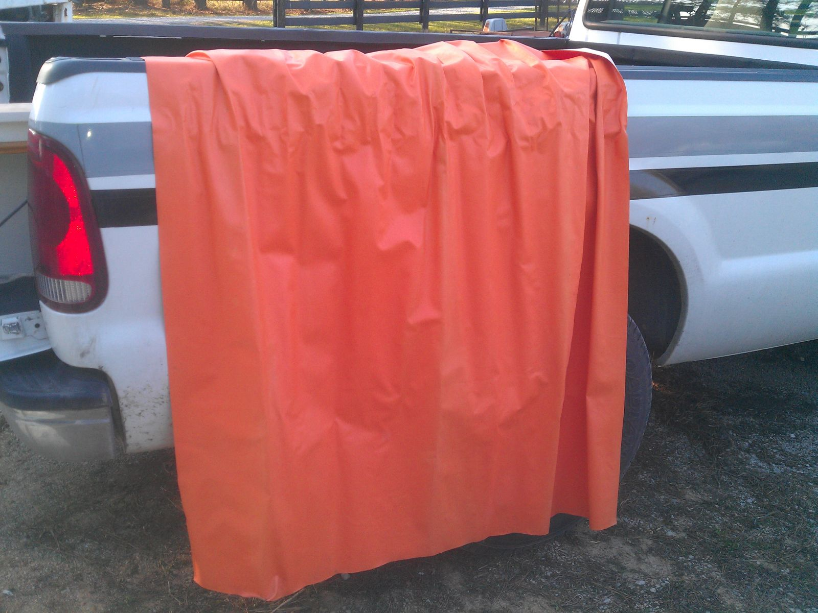 Click image for larger version  Name:74-argosy-orange-shower-curtain.jpg Views:115 Size:257.1 KB ID:182544
