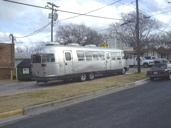 Click image for larger version  Name:Peter's People Hauler Curbside Lightened.JPG Views:110 Size:73.7 KB ID:18259