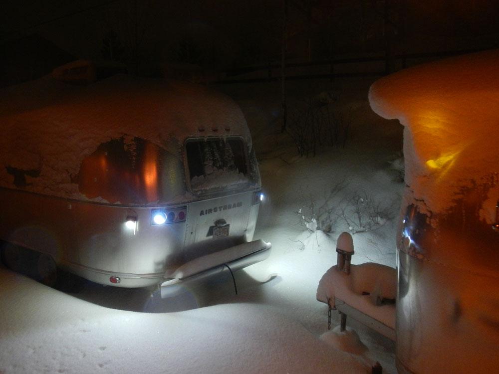Click image for larger version  Name:DSCN1078 snow pompadore.jpg Views:83 Size:99.6 KB ID:183649