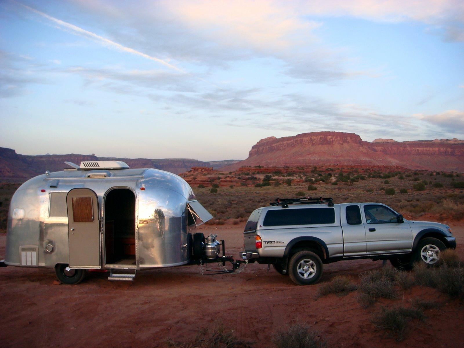 Click image for larger version  Name:Desert 2.jpg Views:117 Size:210.2 KB ID:183748
