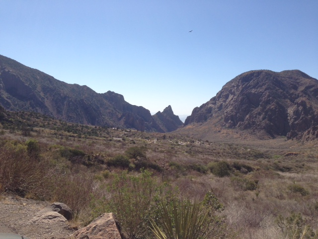 Click image for larger version  Name:Approaching Chisos Mountains.jpg Views:111 Size:121.7 KB ID:183936