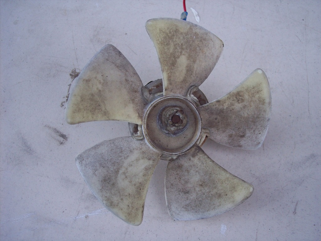 Click image for larger version  Name:fan blade.jpg Views:72 Size:163.9 KB ID:183999