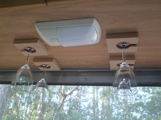 Click image for larger version  Name:1-29-12 2007 25' Airstream 003.jpg Views:211 Size:318.9 KB ID:185286