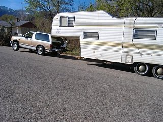 Click image for larger version  Name:Fifth wheel and explorer.JPG Views:157 Size:329.0 KB ID:186345