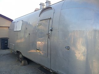 Click image for larger version  Name:Airstream photo1.jpg Views:91 Size:187.2 KB ID:186539