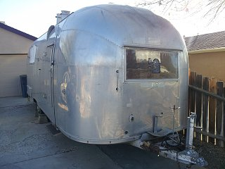 Click image for larger version  Name:Airstream photo2.jpg Views:116 Size:249.4 KB ID:186541