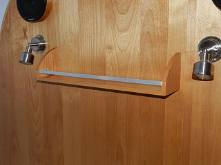 Click image for larger version  Name:0608 headboard shelf 01.jpg Views:162 Size:246.1 KB ID:187964