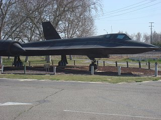 Click image for larger version  Name:Castle air museum 008.jpg Views:86 Size:414.7 KB ID:189744