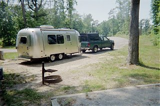 Click image for larger version  Name:Airstream at Chippokes State Park_small.jpg Views:105 Size:85.3 KB ID:19076