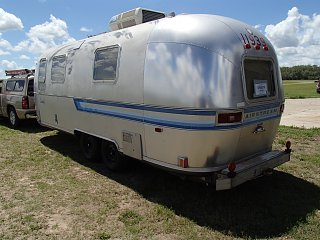 Click image for larger version  Name:trailers pictures 210.jpg Views:128 Size:301.5 KB ID:191318