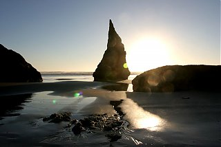 Click image for larger version  Name:IMG_4089 Bandon rocks-s.jpg Views:75 Size:65.4 KB ID:19146