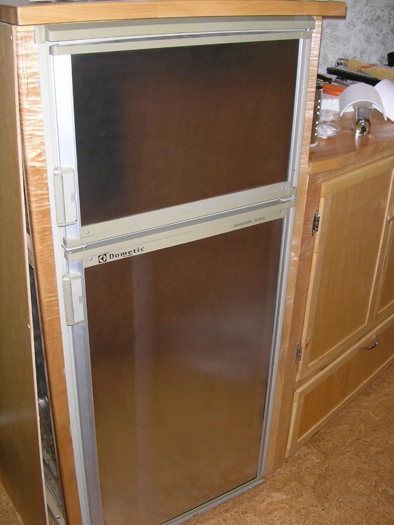 Click image for larger version  Name:fridgepanels.jpg Views:124 Size:218.3 KB ID:19180