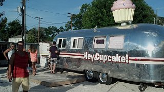 Click image for larger version  Name:Hey Cupcake in Austin 2.jpg Views:180 Size:321.3 KB ID:192395