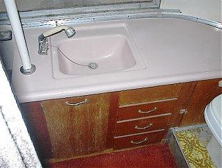 Click image for larger version  Name:bathroom_sink.jpg Views:138 Size:59.9 KB ID:19375