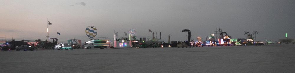Click image for larger version  Name:DSCN1330 dusk light show.jpg Views:141 Size:45.7 KB ID:194515