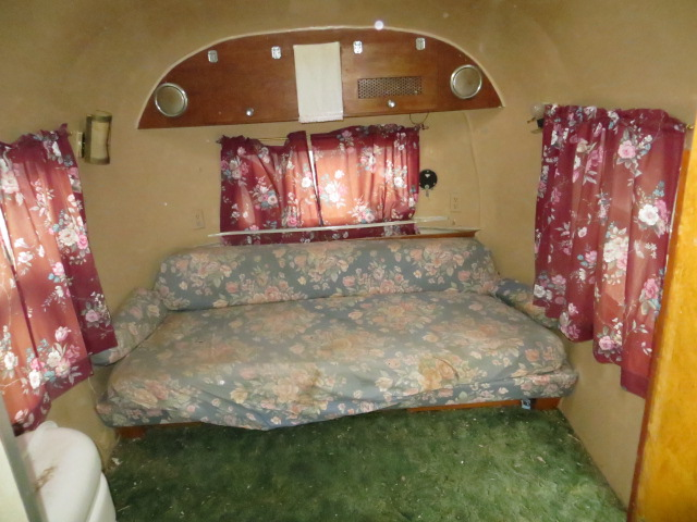 Click image for larger version  Name:airstream 030.JPG Views:94 Size:122.6 KB ID:194895