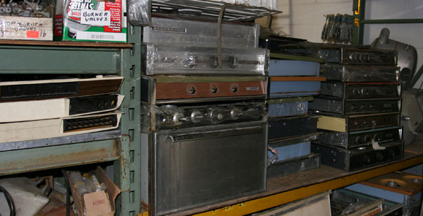 Click image for larger version  Name:IMG_4798 stoves-s.jpg Views:95 Size:80.9 KB ID:19502