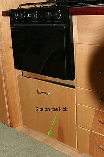 Click image for larger version  Name:IMG_4695 drawer closed-labeled-s.jpg Views:518 Size:72.5 KB ID:19508