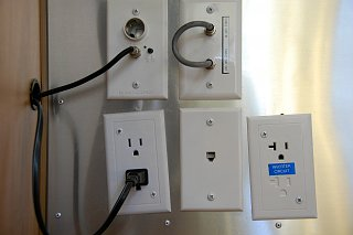 Click image for larger version  Name:DSC_0055 Inverter Circuit Outlet.jpg Views:78 Size:260.2 KB ID:196074