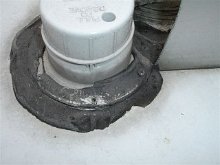 Click image for larger version  Name:SOLAR PANELS; ROOF LEAK 012.jpg Views:121 Size:48.2 KB ID:196315