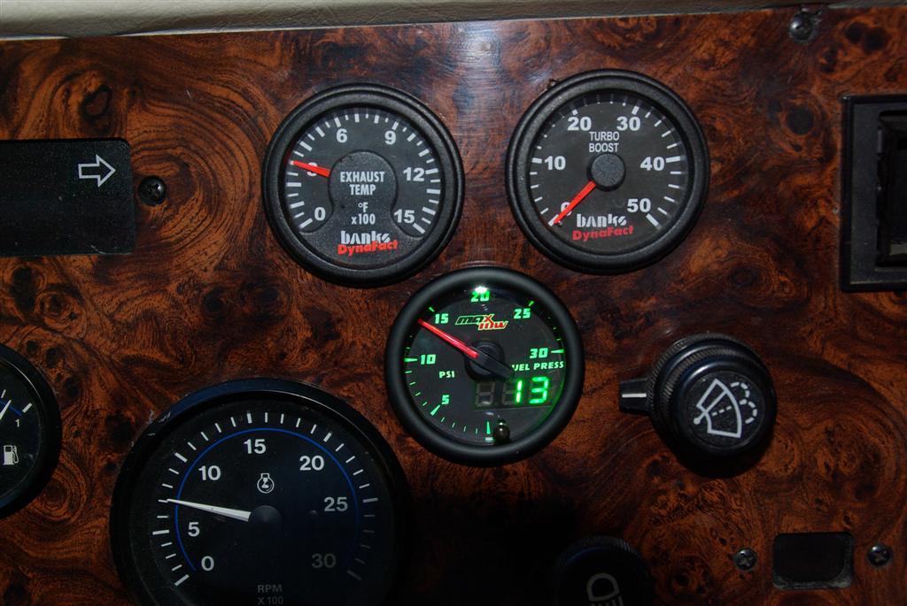 Click image for larger version  Name:Fuel Pressure Gauge 005 (Large).jpg Views:101 Size:112.1 KB ID:196319