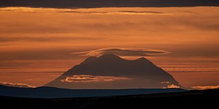 Click image for larger version  Name:rainierview.jpg Views:184 Size:228.3 KB ID:197647