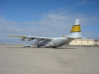 Click image for larger version  Name:C-130 first trip in hanger 008.jpg Views:92 Size:158.3 KB ID:197958
