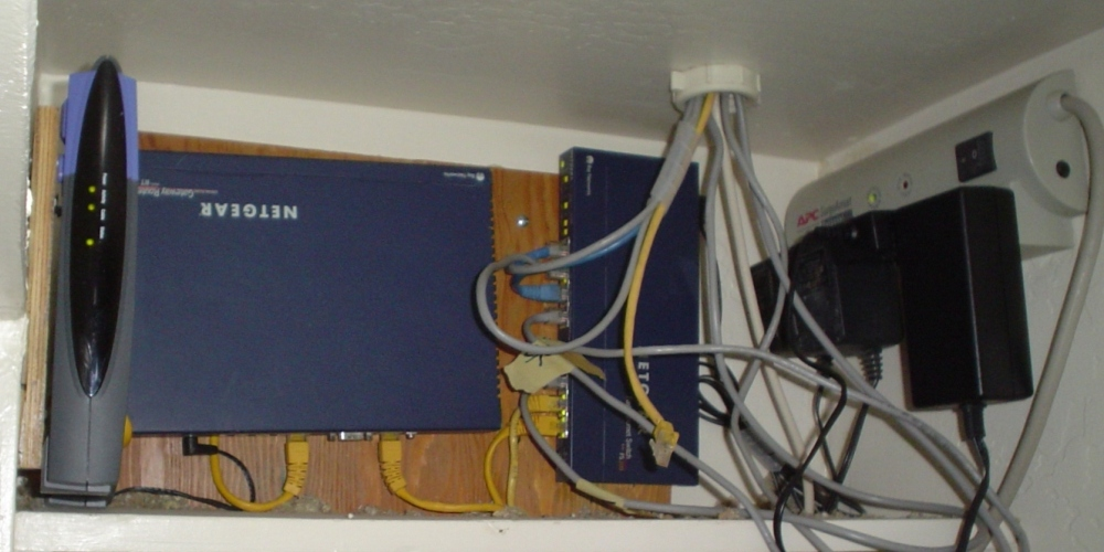 Click image for larger version  Name:router.JPG Views:66 Size:204.7 KB ID:19823